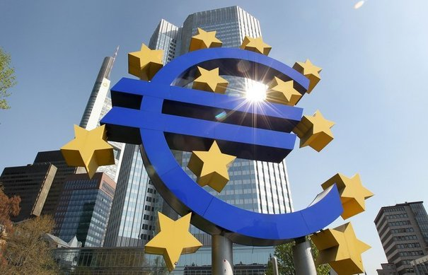 Eurostat, nell'Eurozona l'inflazione scende allo 0.3%