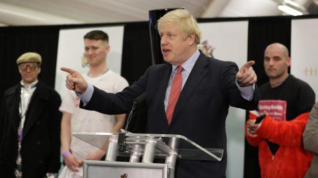 Elezioni britanniche vince Johnson la Brexit si fa sterlina in rialzo