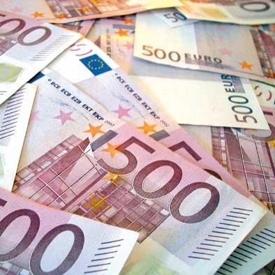 http://www.economiafinanza.net/wp-content/uploads/banconote12.jpg